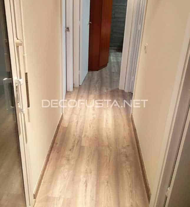 En qu sentido instalar un parquet decofusta - Como poner un suelo de madera ...