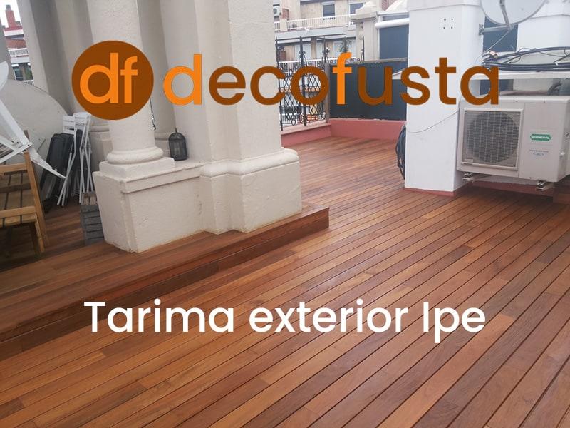 trabajo de tarima exterior de ipe en Barcelona