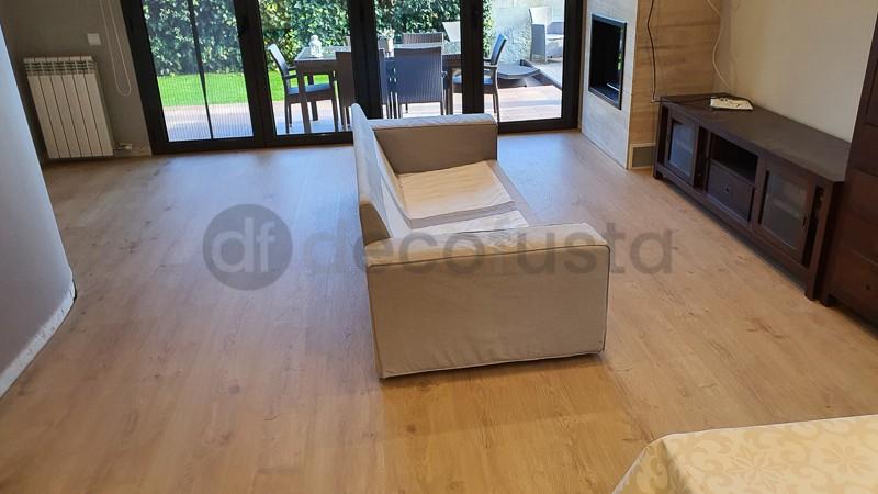 Combinacion de Instalación de  Roble Eyre Miel con muebles