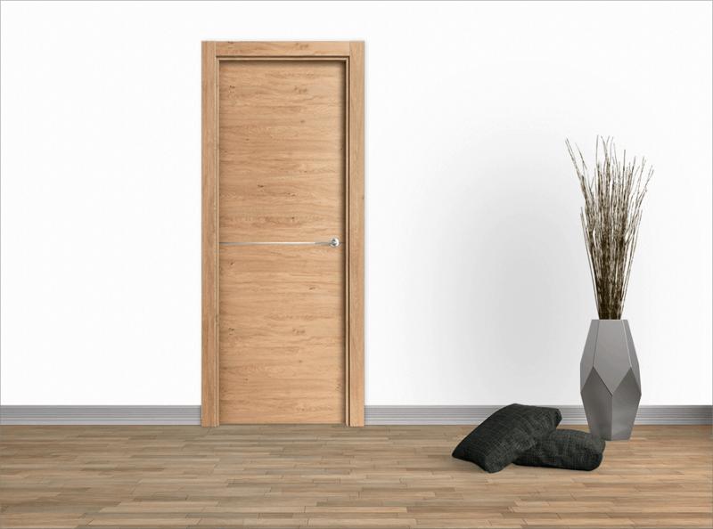 Modelo de puerta roble rústico con una linea de aluminio