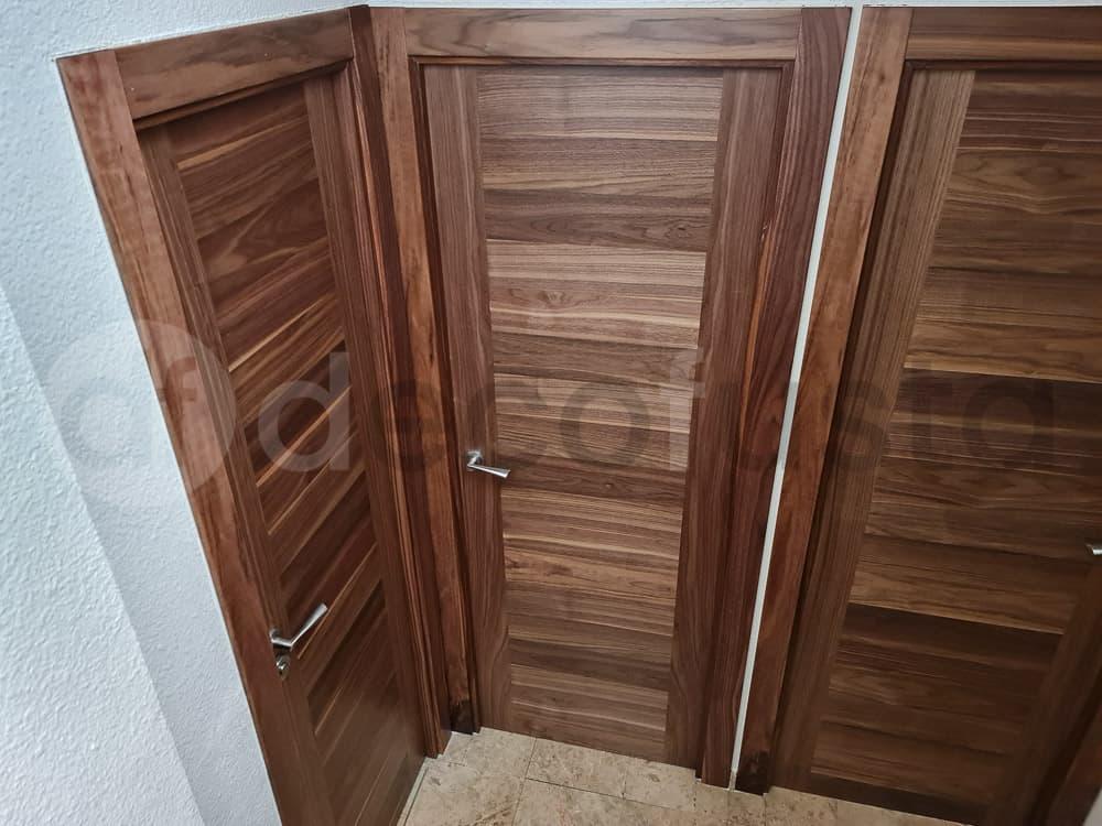 Acabados de calidad para estas puertas de nogal
