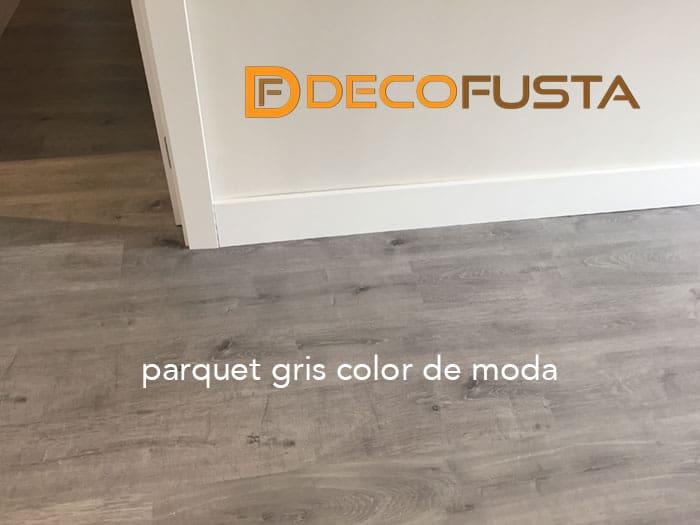 Parquet gris color de moda