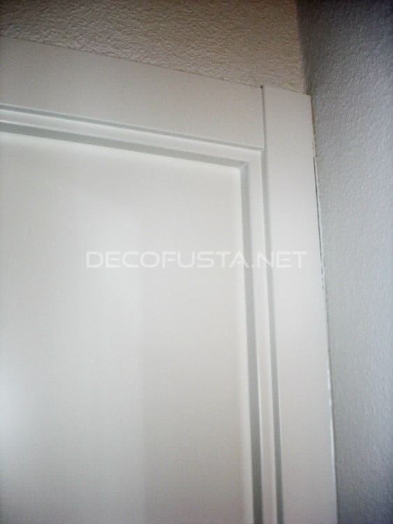 Tipos de molduras para puertas decofusta for Modelos de puerta de madera para casa
