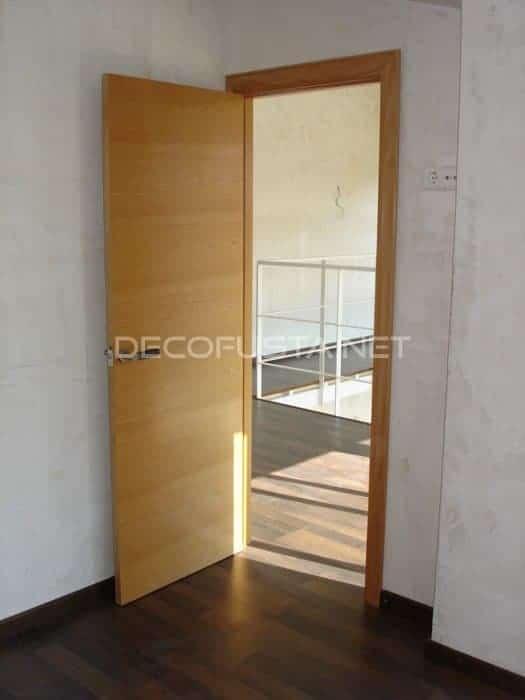 Combinación puerta de haya vaporizada suelo color wengue