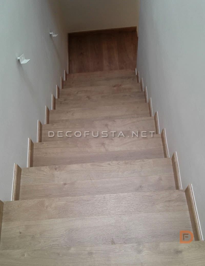 Escalera de parquet laminado en roble glamour