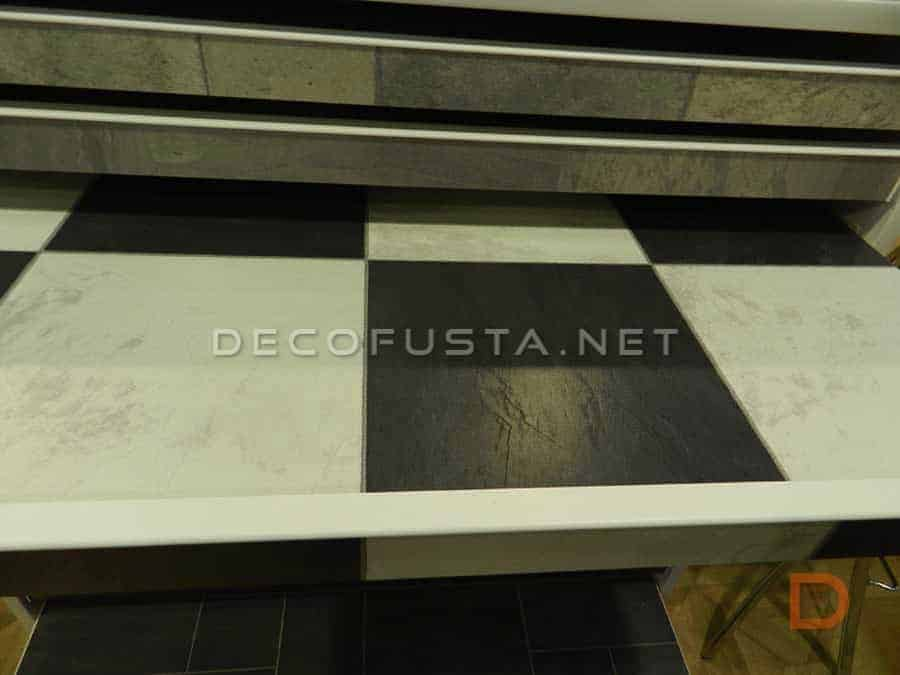 Gama Tiles modelo Chess Black by Faus