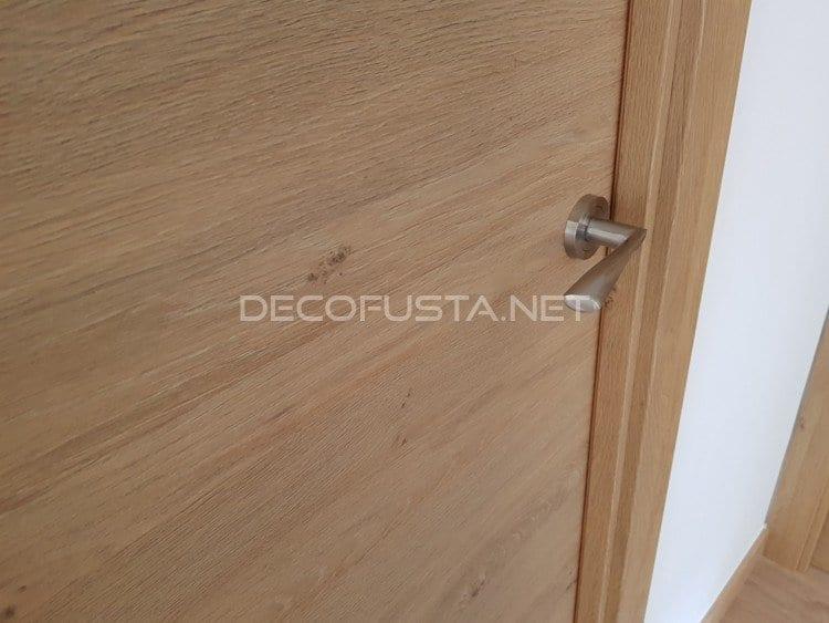 Puertas laminadas de calidad, en color roble rústico