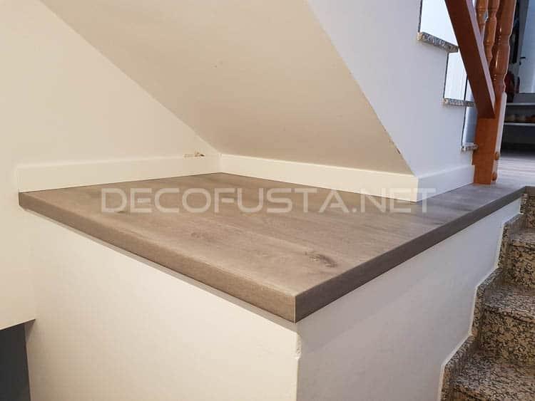 Terminación bajo la escalera